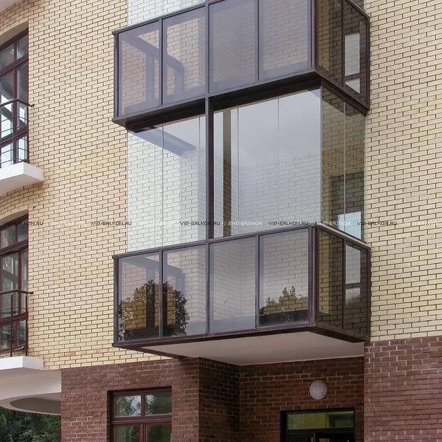 Современное остекление и отделка балконов и лоджий.