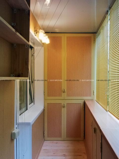 Встроенный шкаф на балкон своими руками