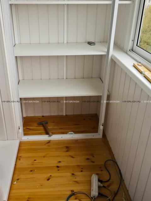 Стеллаж с дверцами на балкон. - оригинальные балконы - катал.